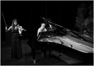 Eliane Reyes & Camille Babut du Mares & Philippe Navarre
